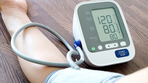 Измерване на кръвно налягане с електронен апарат
